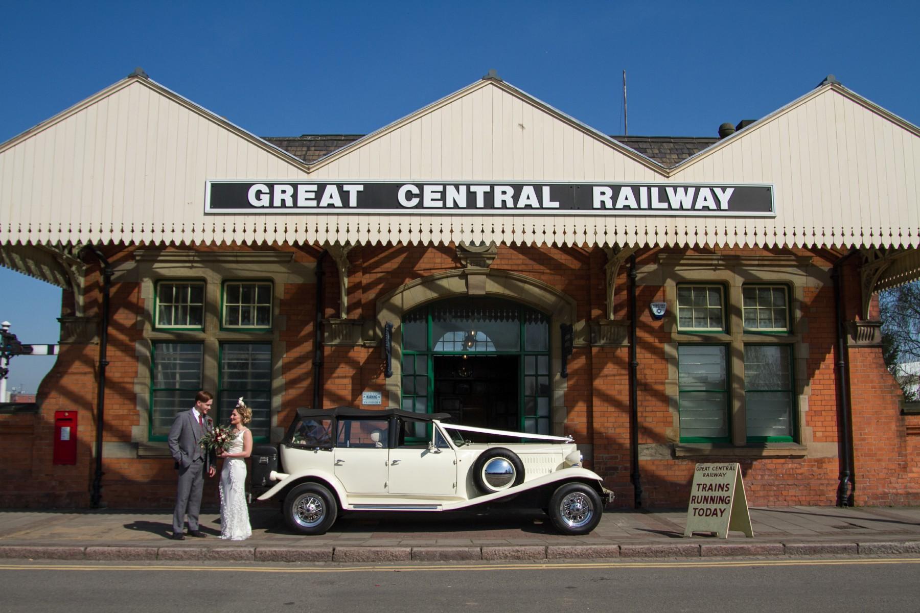 Iso Elegant Photography - Leicester wedding network - Railway wedding - vintage wedding 35