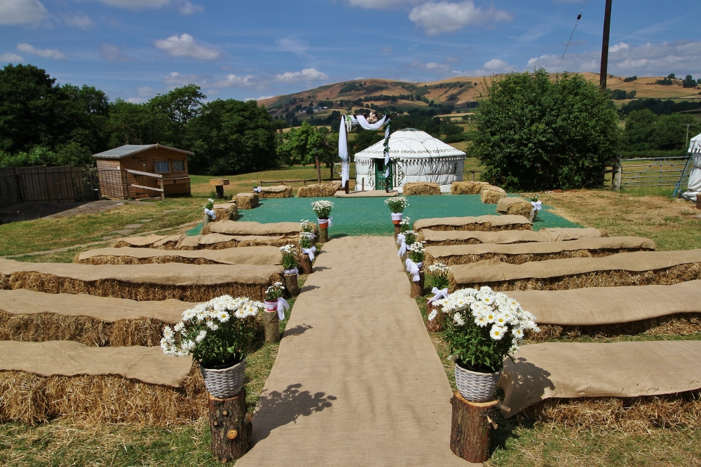 Barnutopia Glamping, Wedding & Events - outdoor wedding - alternative wedding - unconventional wedding