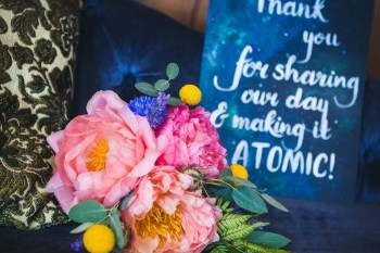 Curious Magpie- Science Geeks Wedding-Flowers