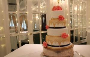Happy yellow cake company - chalkbord wedding cake - unique wedding cakes 1 (2)