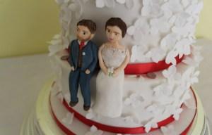 Happy yellow cake company - chalkbord wedding cake - unique wedding cakes 1 (3)