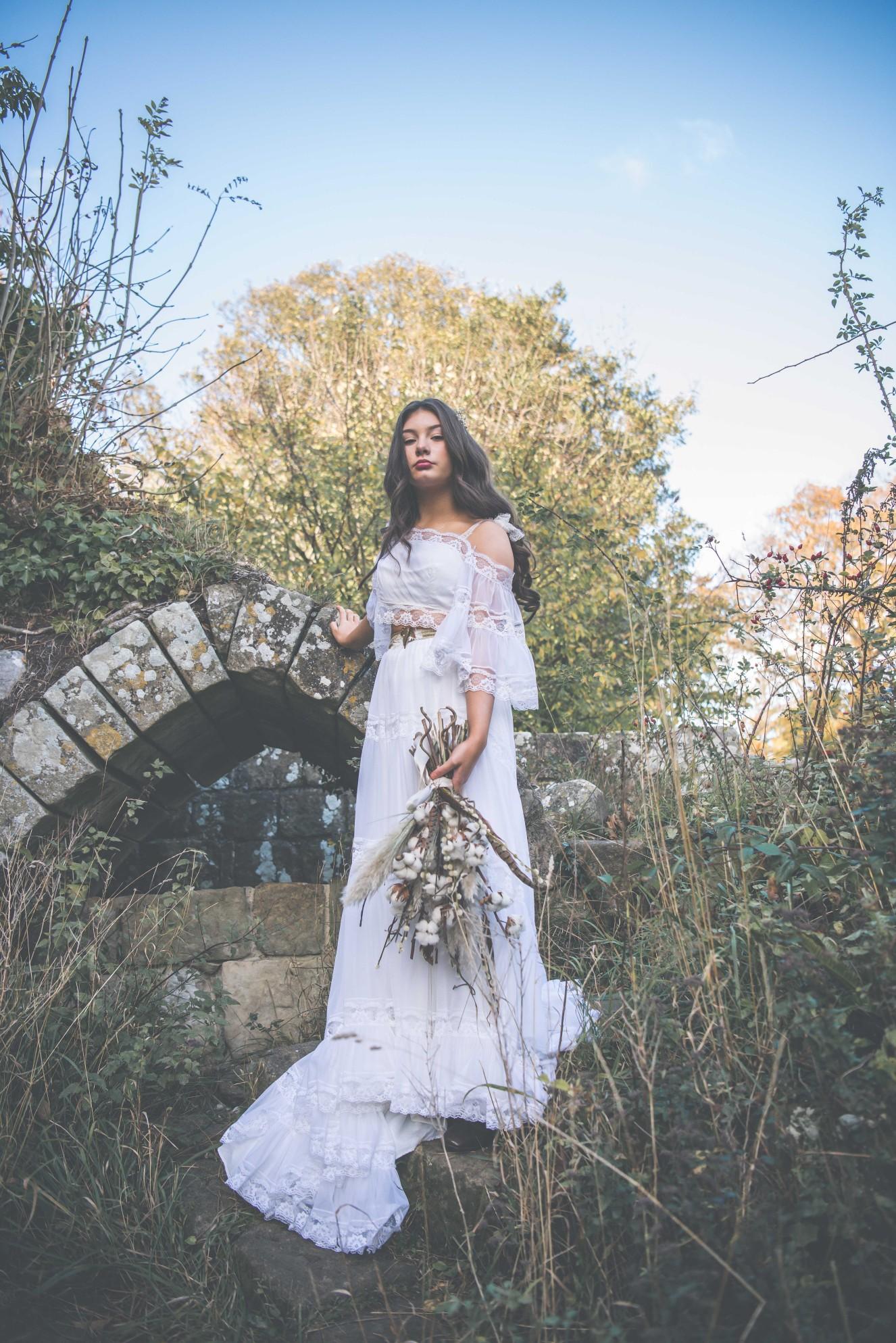 Live your own fairytale wedding - BexBrides - Jervaulx-0427 (2)