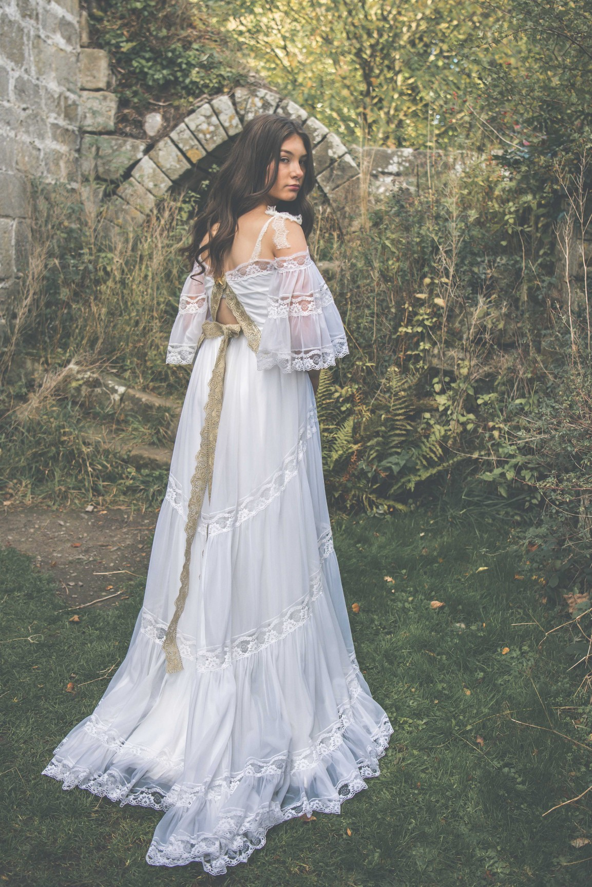 Live your own fairytale wedding - BexBrides - Jervaulx-0637 (2)