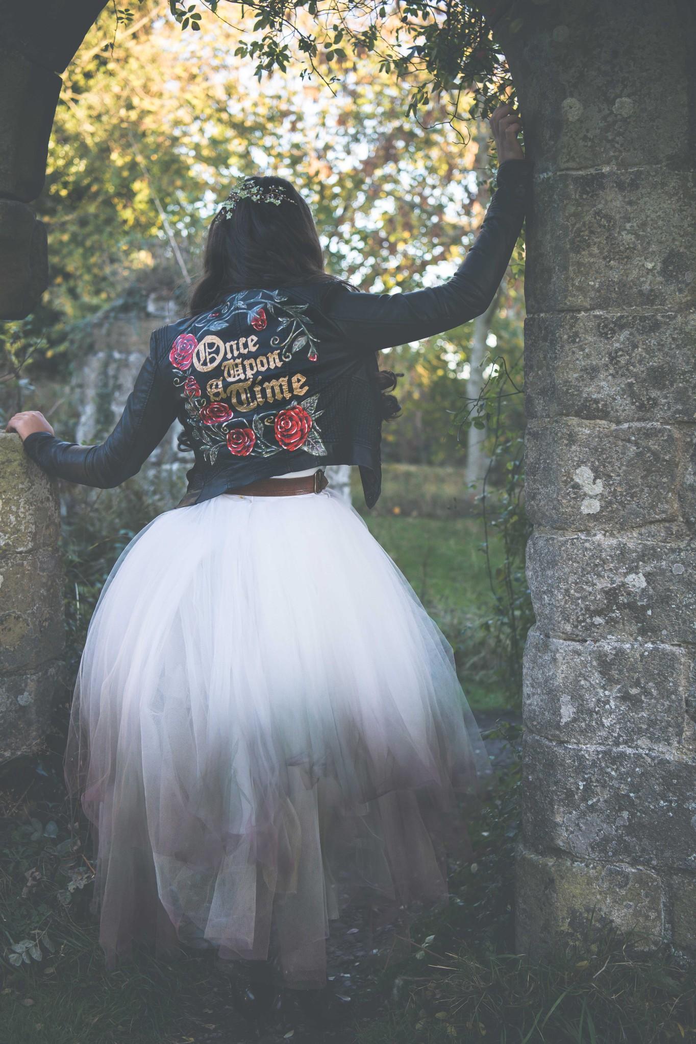 Live your own fairytale wedding - BexBrides - Jervaulx-0846 (1)