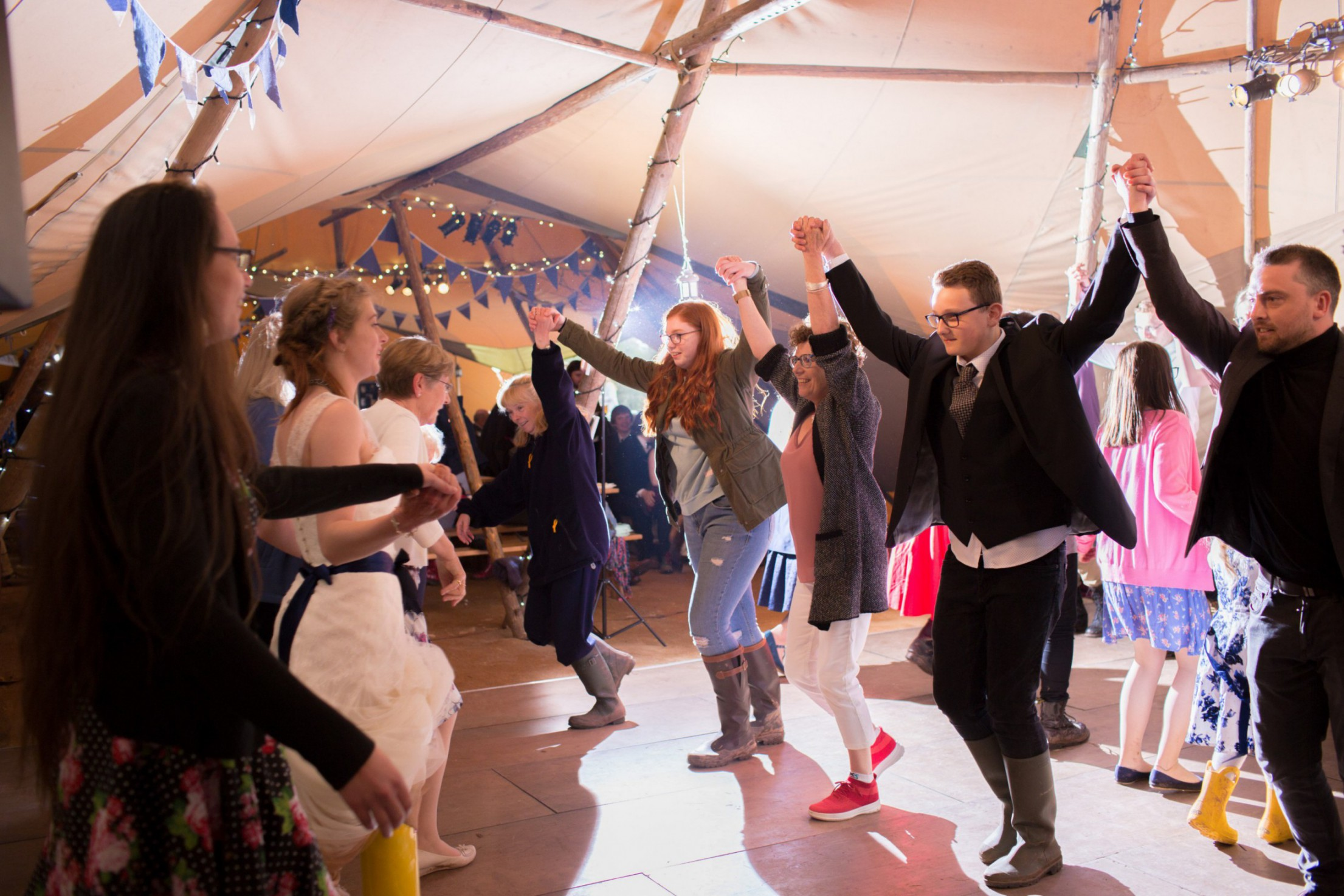 Ragdoll Photography-Tipi Wedding- Dancing