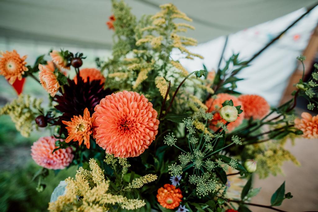 Alpaca Yurt Wedding- Flowers