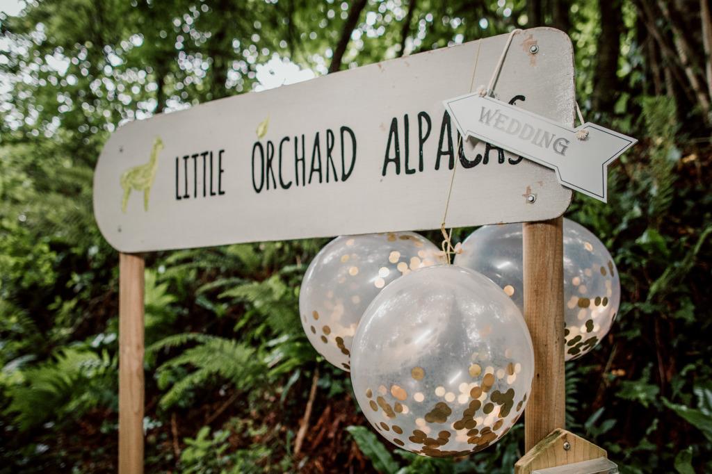 Alpaca yurt wedding- sign2