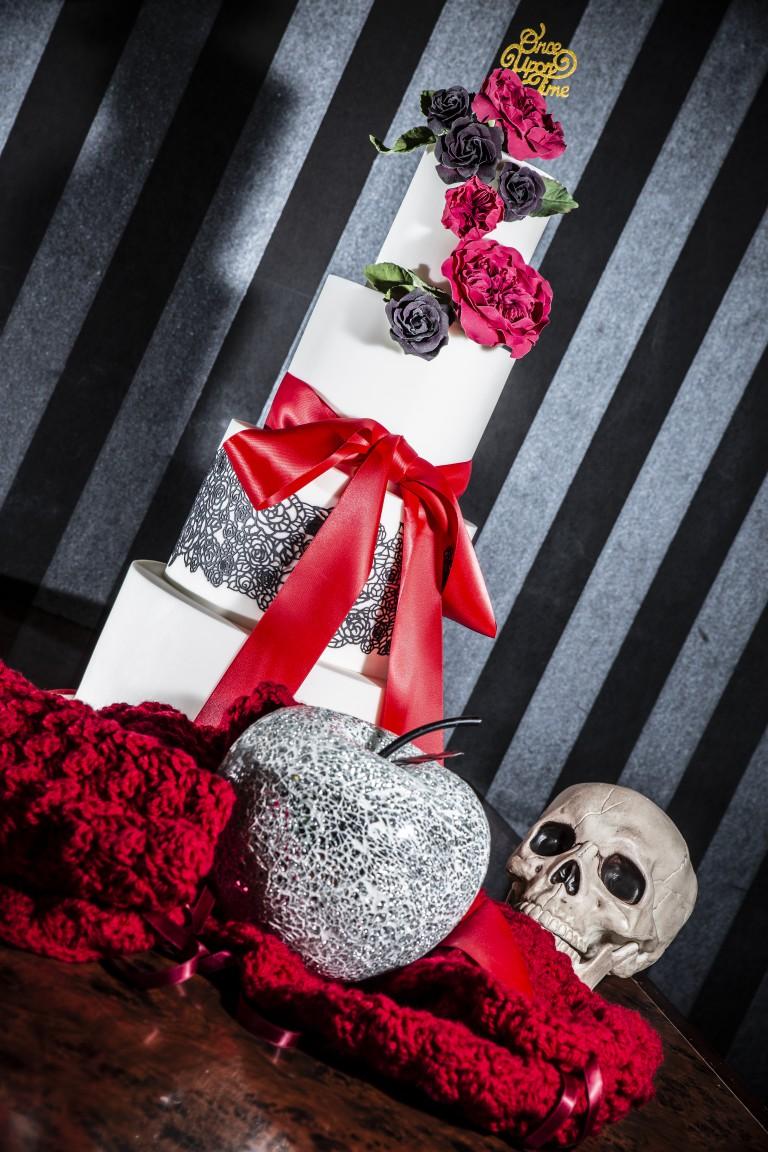 Magpie Weddings-Fairytale Weddings-Red Cake