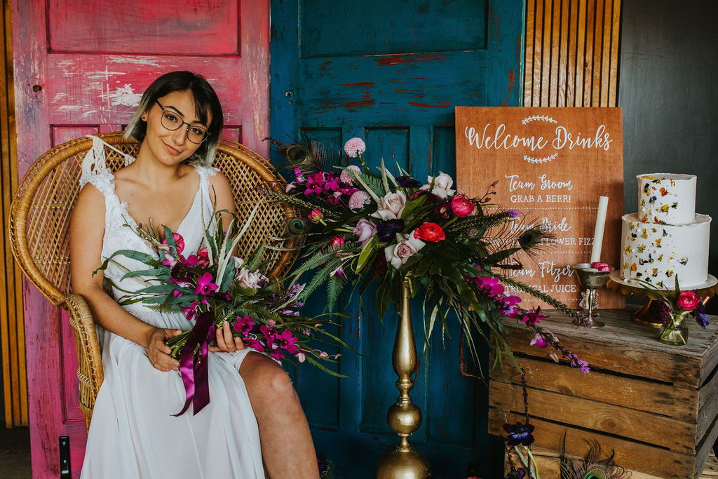 Olive Owl- Wedding Flowers-Sitting