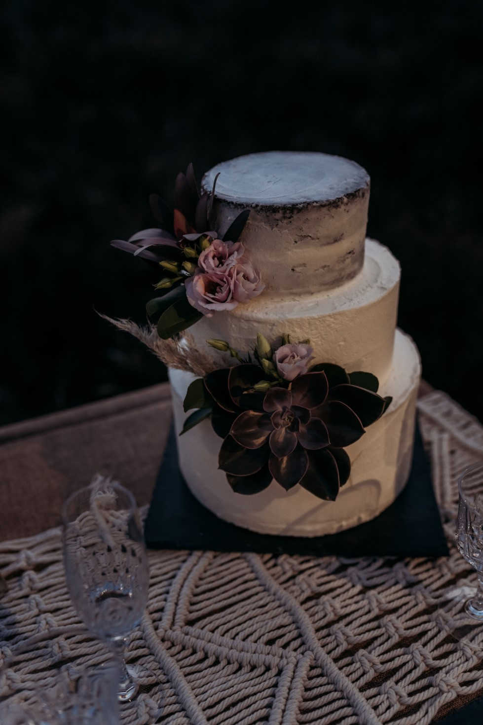 Finn And The Fox Photography-Moody Elopement Wedding- Unconventional Wedding Cake - alternative wedding cake - macrame wedding dessert table