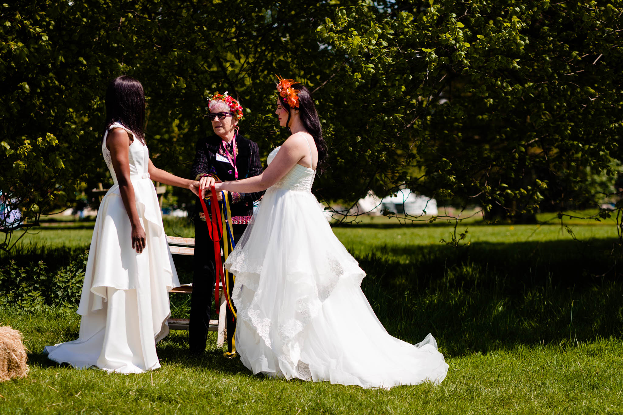 Vicki Clayson Photography - Star Ceremonies - Hand fasting ceremony (1)
