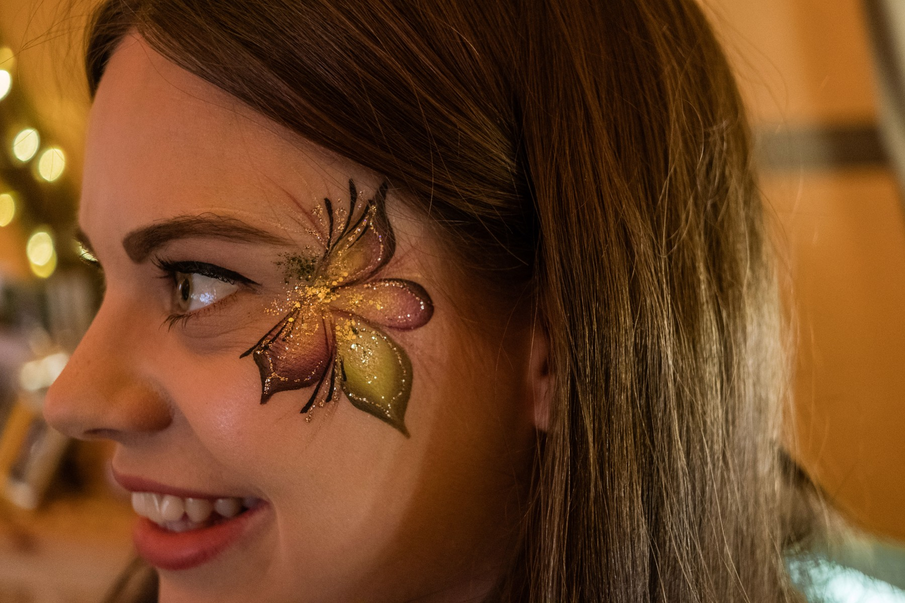 ed brown photography - how to plan a festival wedding - rock the boat face painting (2)