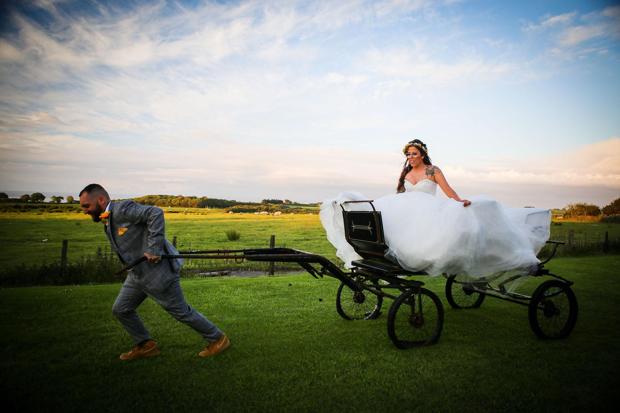 Harriet&Rhys Wedding - cart