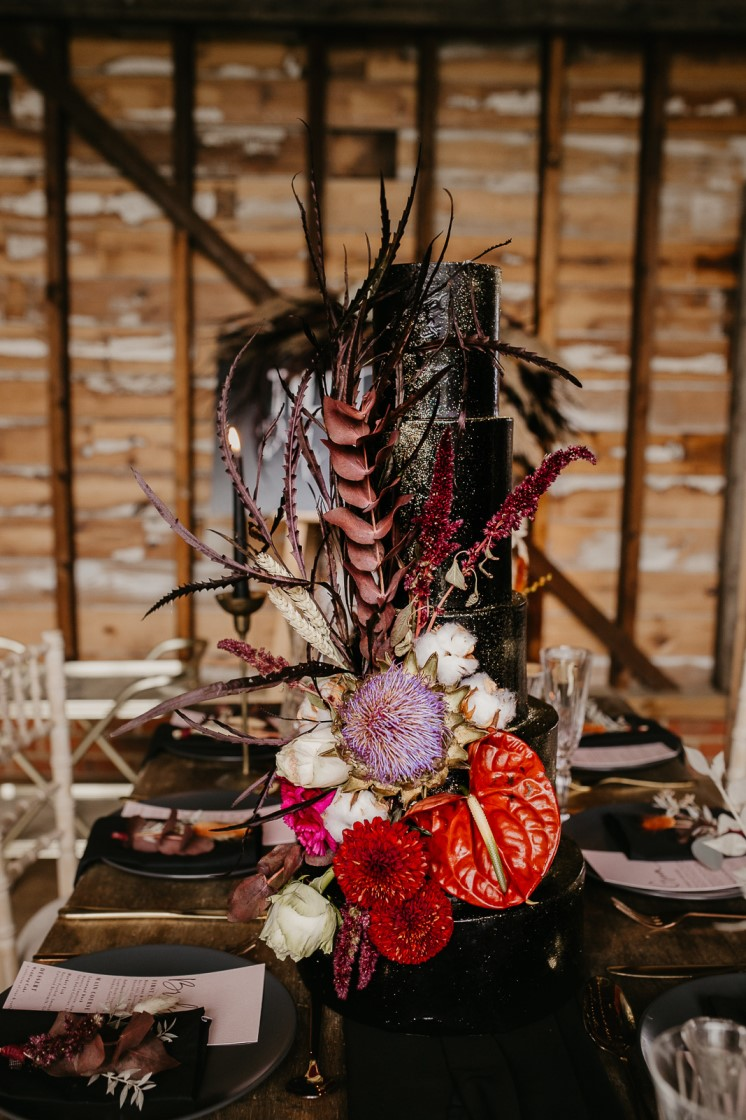 Modern barn wedding- jessica lily photography- unconventional wedding- black wedding cake- alternative wedding cake- gothic wedding cake