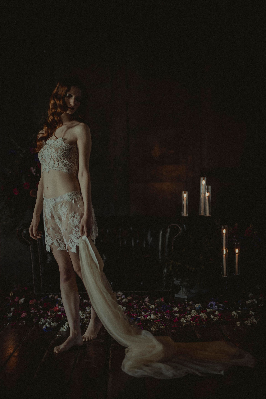 Decadent Wedding Inspiration- Moody Wedding Inspiration- Sudio Fotografico Bacci- Unconventional Wedding- bridal undergarments