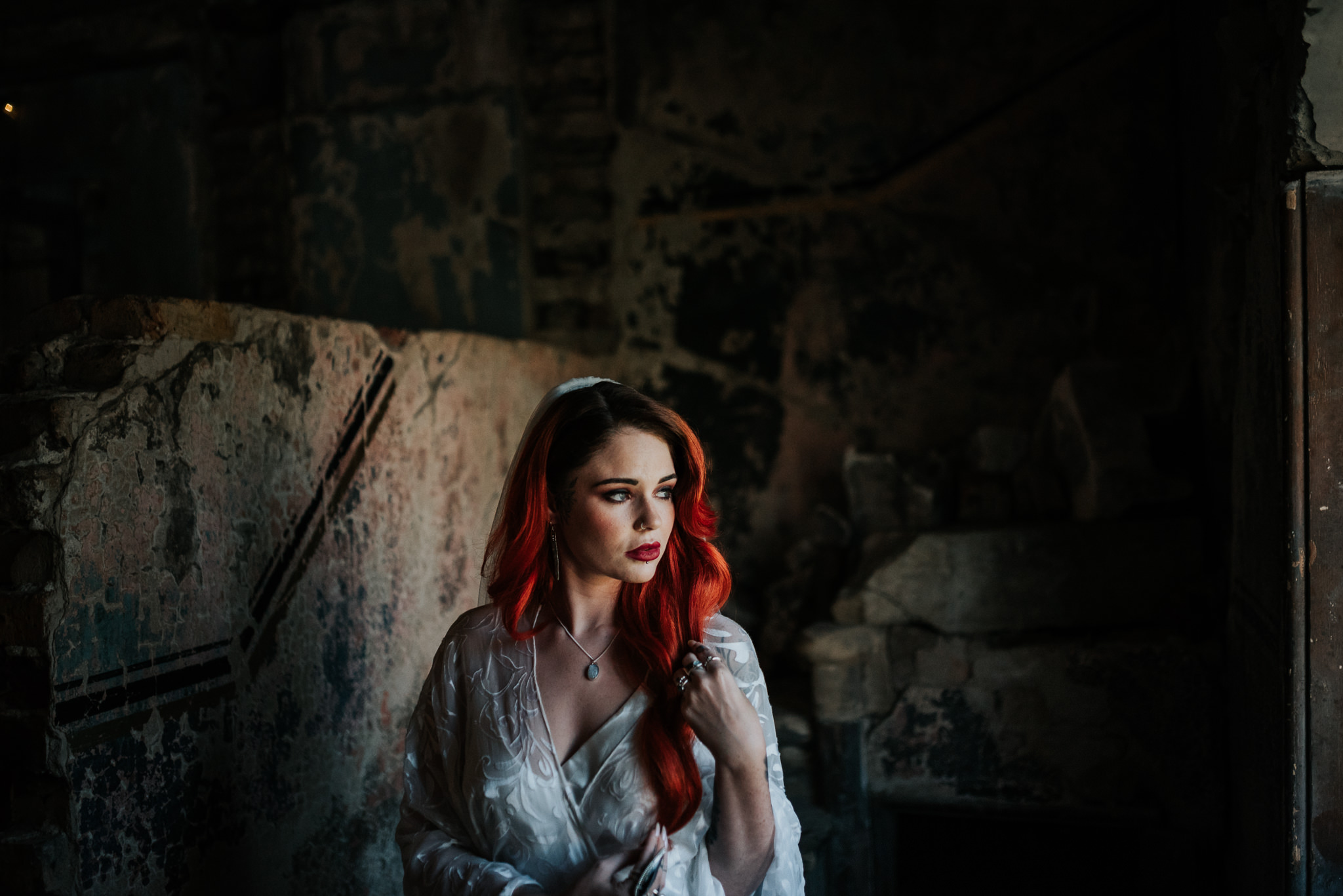 alternative chapel wedding- asylum london- unique london wedding venue- london wedding venue- Jenny Appleton Photography- red haired bride