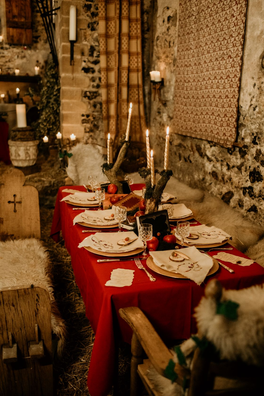 alternative fairytale wedding- snow white wedding- charlotte laurie designs-chloe mary photo- unconventional wedding- alternative wedding inspiration- alternative wedding table styling