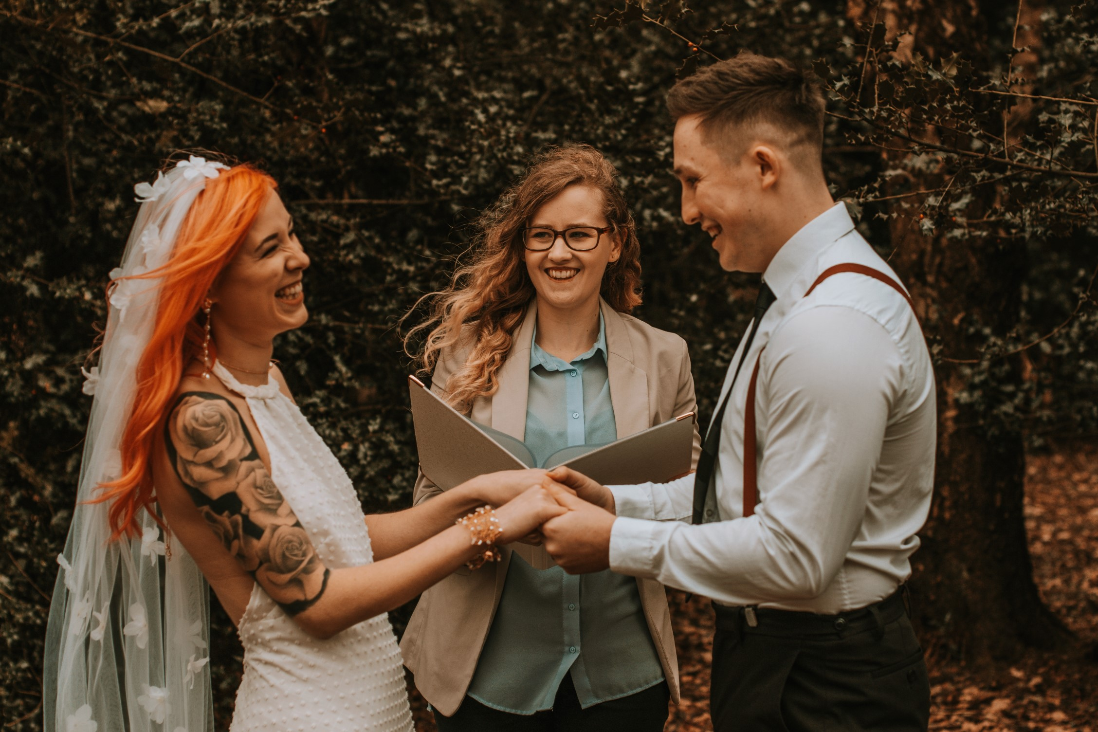 Alternative Forest Wedding -wedding celebrant- Sammy Leas Retro Emporium -Photography By Wills- alternative wedding - unconventional wedding- edgy woodland wedding-forest wedding ceremony