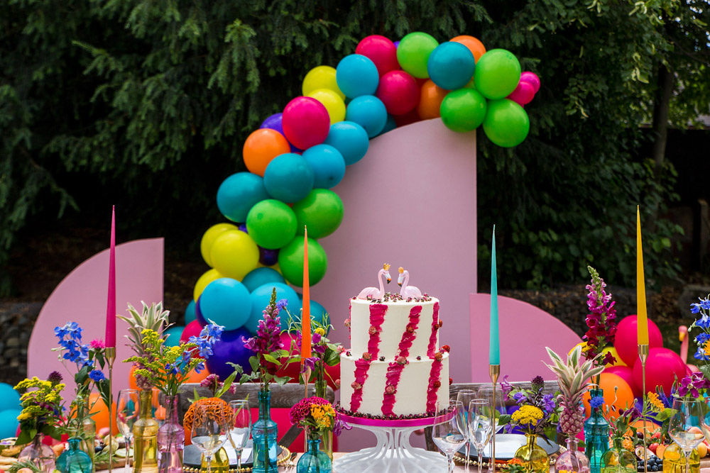 flamingo wedding - colourful wedding - rainbow wedding - garden wedding - summer wedding - unconventional wedding - alternative wedding - funky wedding cake - flamingo wedding cake