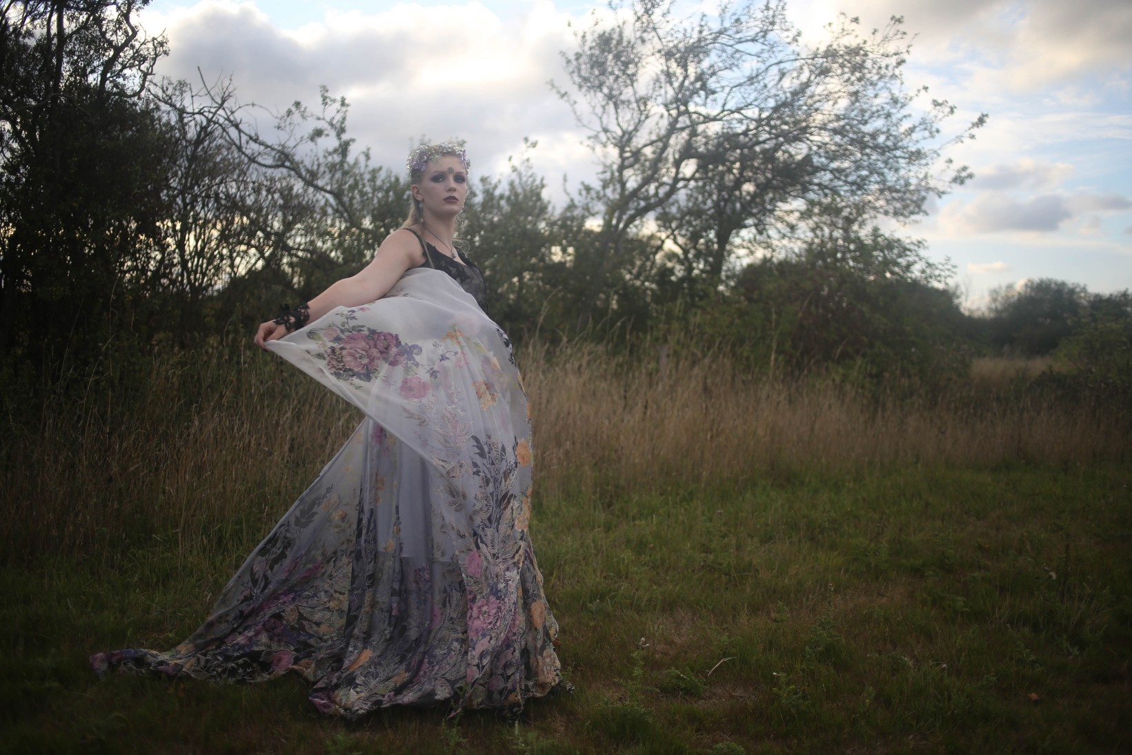 nature wedding - pagan wedding - ethereal wedding - spiritual wedding - alternative wedding - mystical wedding - quirky wedding - floral wedding dress- patterned wedding dress - patterned silk wedding dress