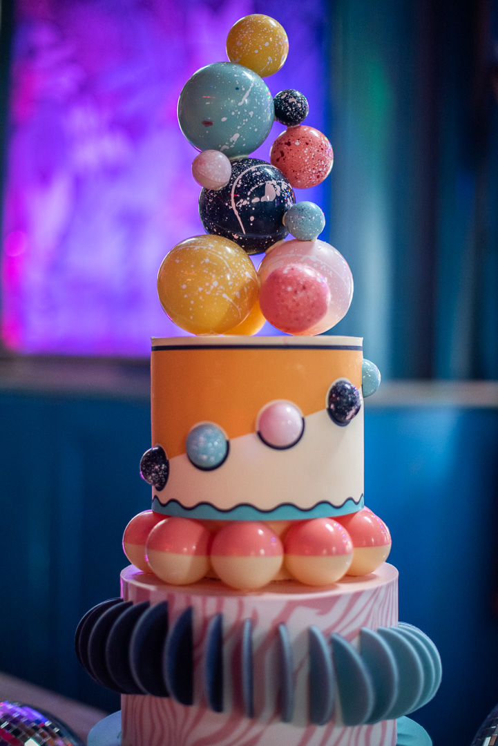 colourful urban wedding - alternative wedding - modern wedding - city wedding planning - quirky wedding inspiration- colourful wedding inspiration - edgy wedding -geometric wedding cake