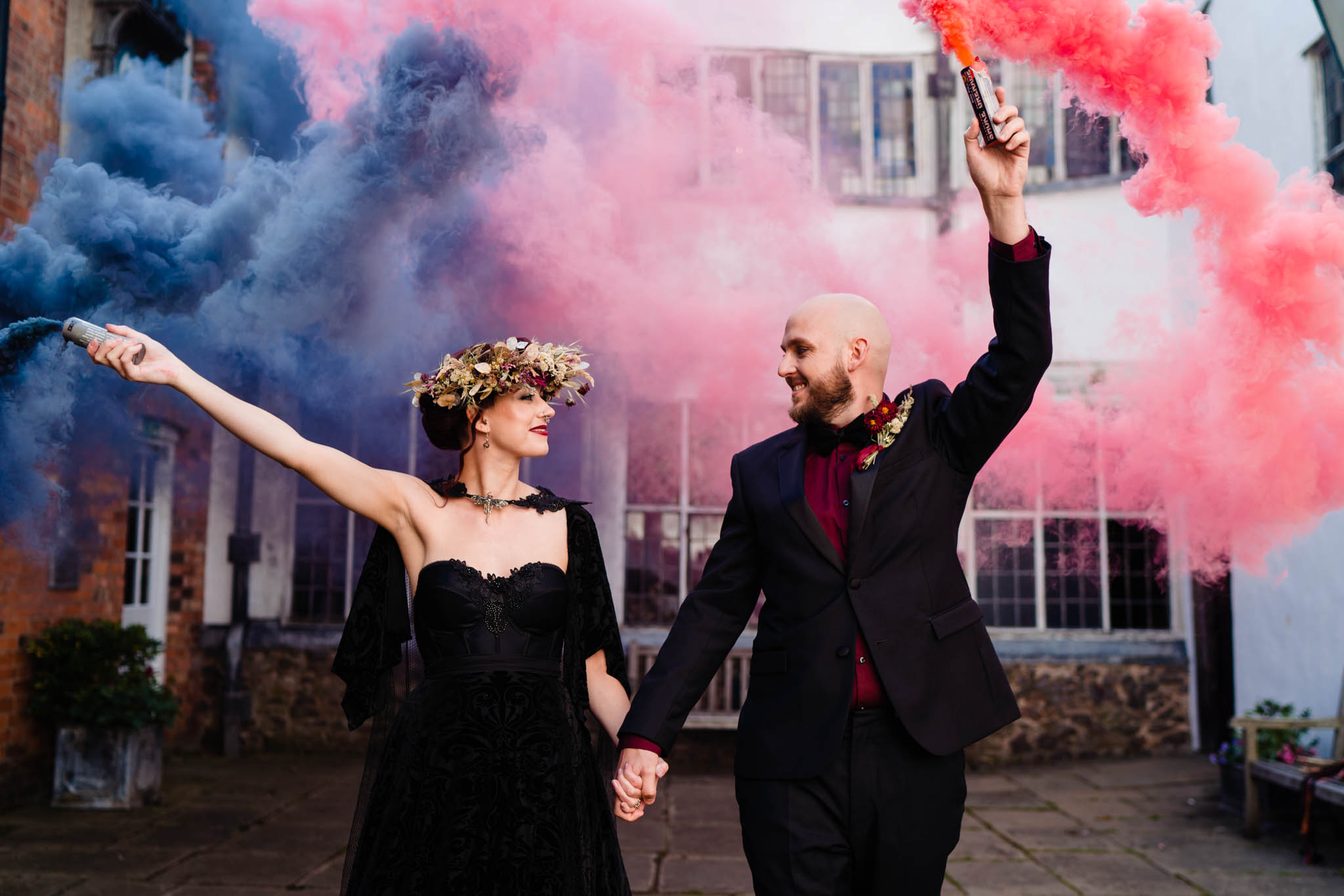 elegant gothic wedding - gothic wedding - autumn wedding - colourful wedding smoke bomb - black wedding dress