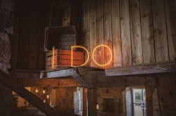 neon sign hire for weddings - i do sign - wedding sign hire - unconventional wedding - alternative wedding directory