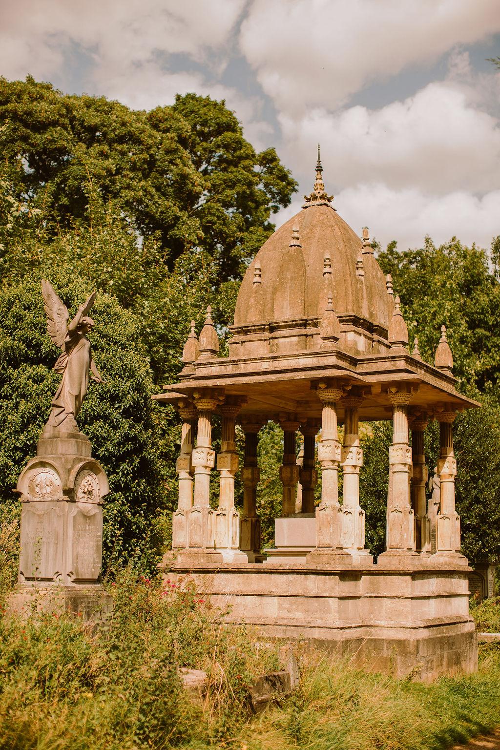 arnos vale cemetery - alternative wedding venue - gothic wedding venue - cemetery wedding venue - bristol wedding venue