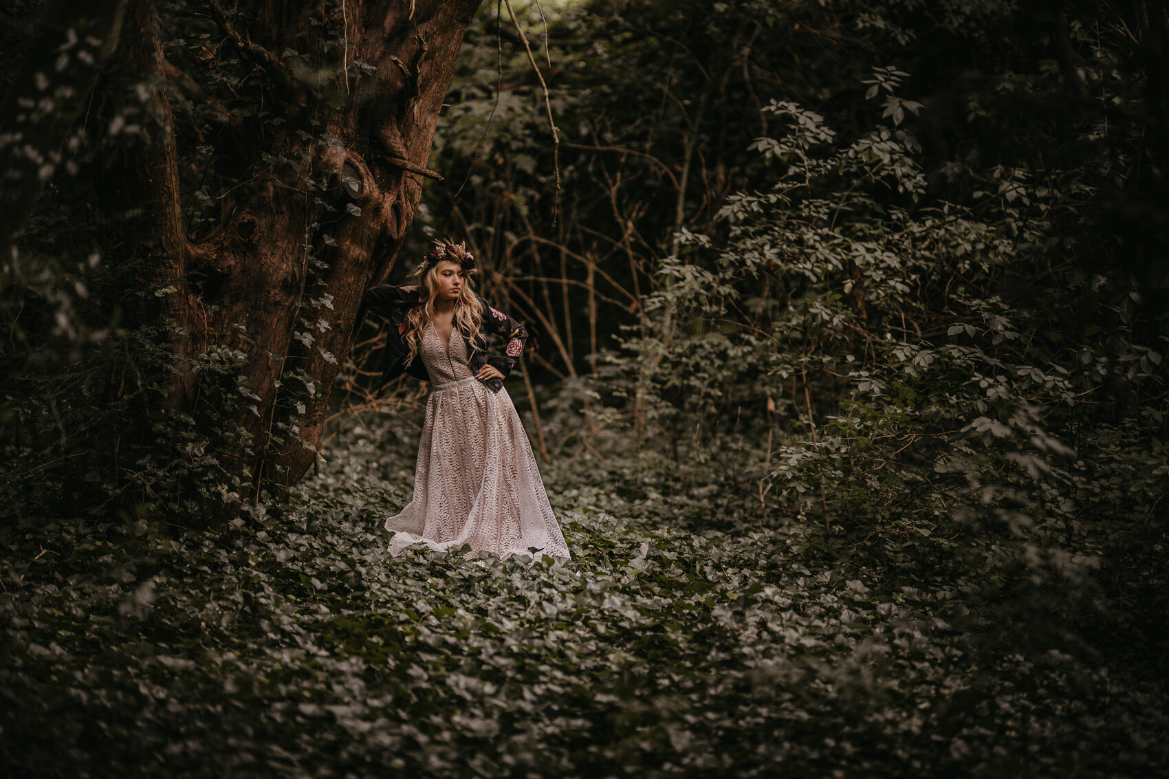 fairytale boho wedding - bride in the forest with flowercrown
