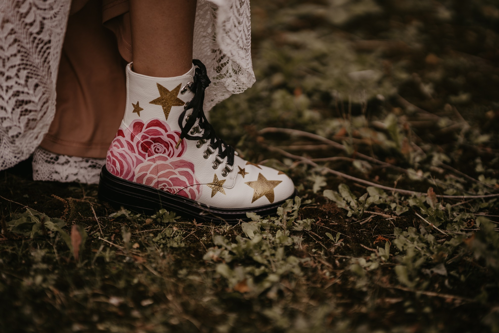 hand painted wedding shoes - bespoke wedding shoes - hand painted dr martens