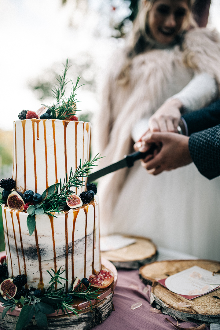 bohemian wedding cake - simple wedding cake - drizzle wedding cake - unique wedding cake