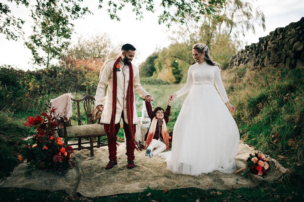 boho luxe wedding - multi cultural wedding - family wedding photoshoot - elopement photoshoot - autumn wedding