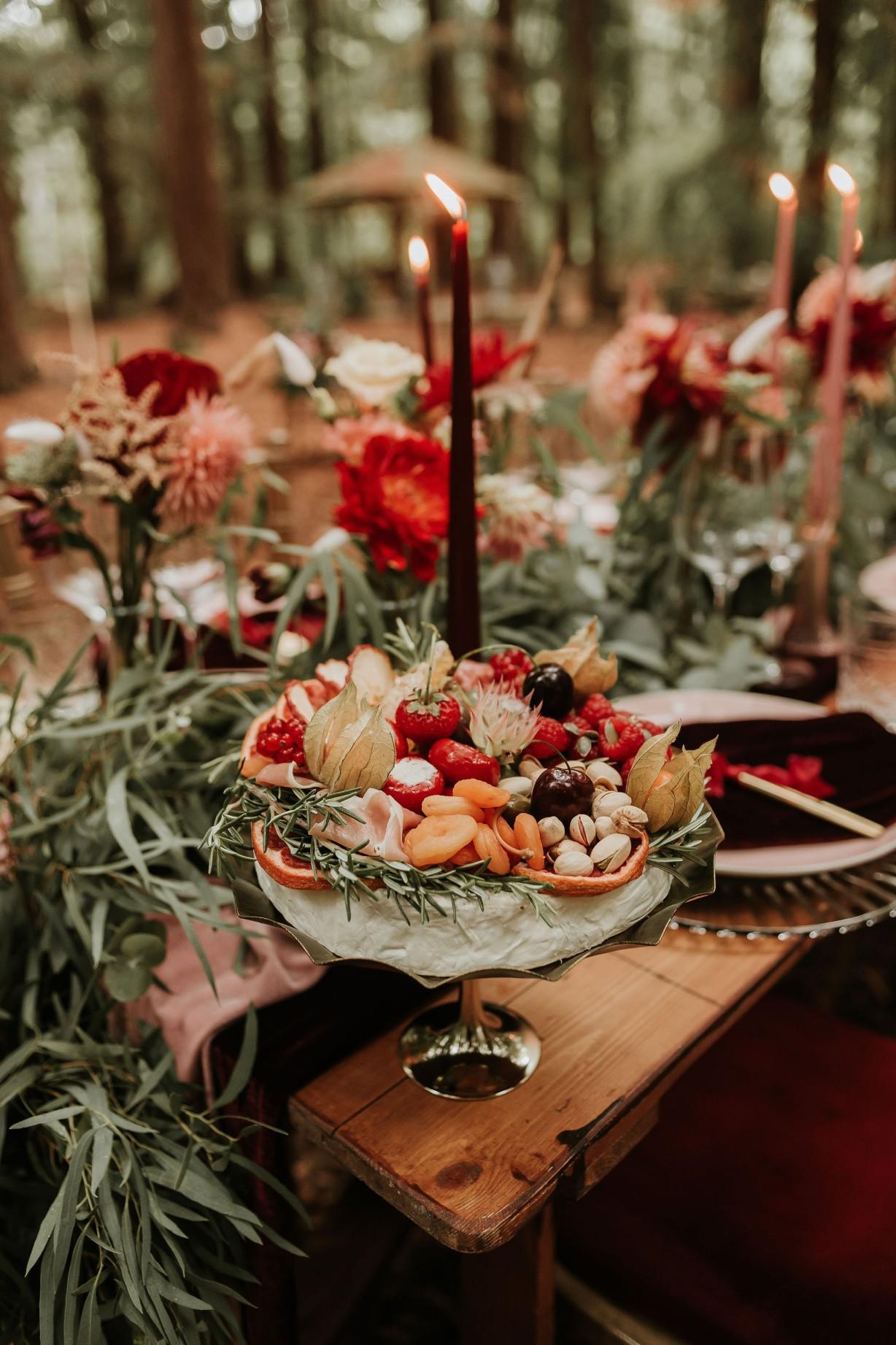 modern woodland wedding - wedding grazing table - autumn wedding colour scheme