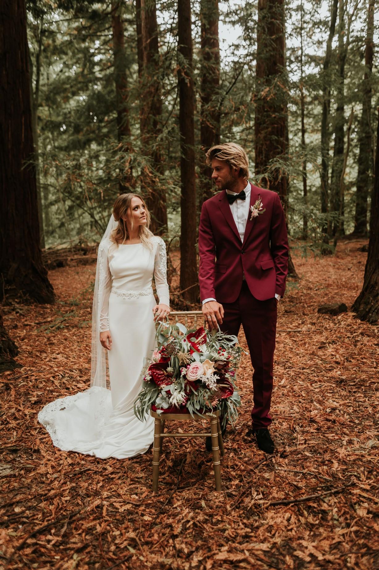 modern woodland wedding - autumn outdoor wedding - modern elopement photos - alternative grooms wear - modern bridal wear