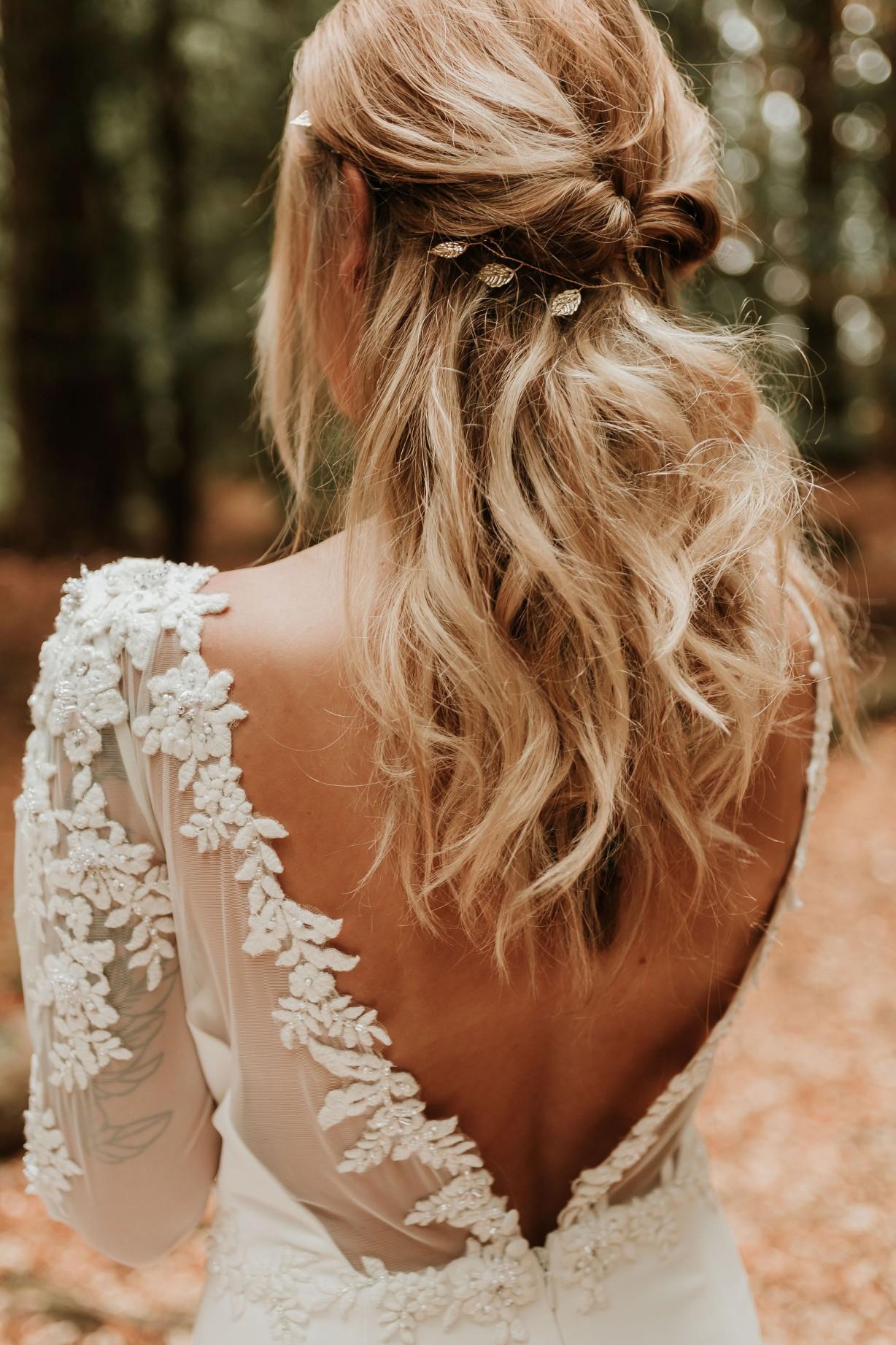 elegant wedding hair accessories - boho wedding hair