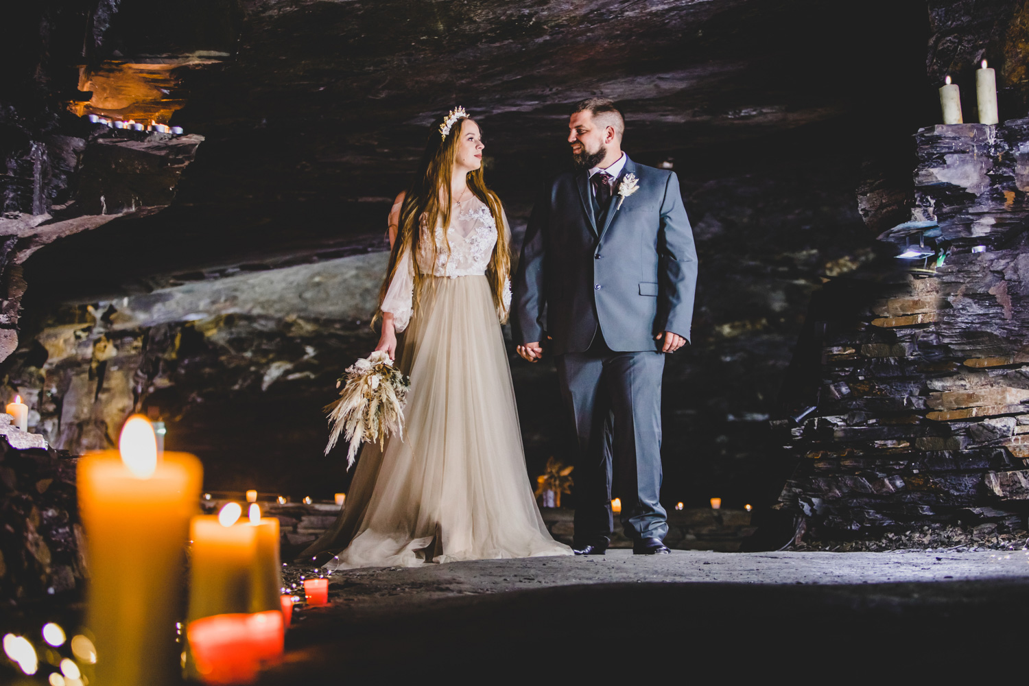 cave wedding - alternative wedding venue - unconventional wedding - romantic wedding