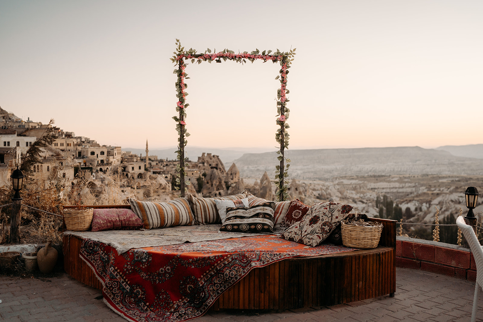 romantic elopement in cappadocia - Cappadocia wedding - beautiful elopement photography - Turkish elopement photoshoot - bohemian wedding inspiration