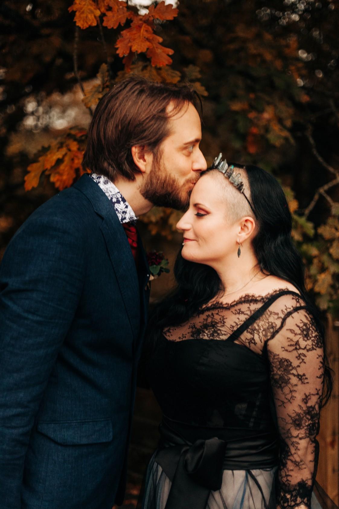 intimate alternative wedding - alternative micro wedding - small wedding photography - alternative wedding inspiration