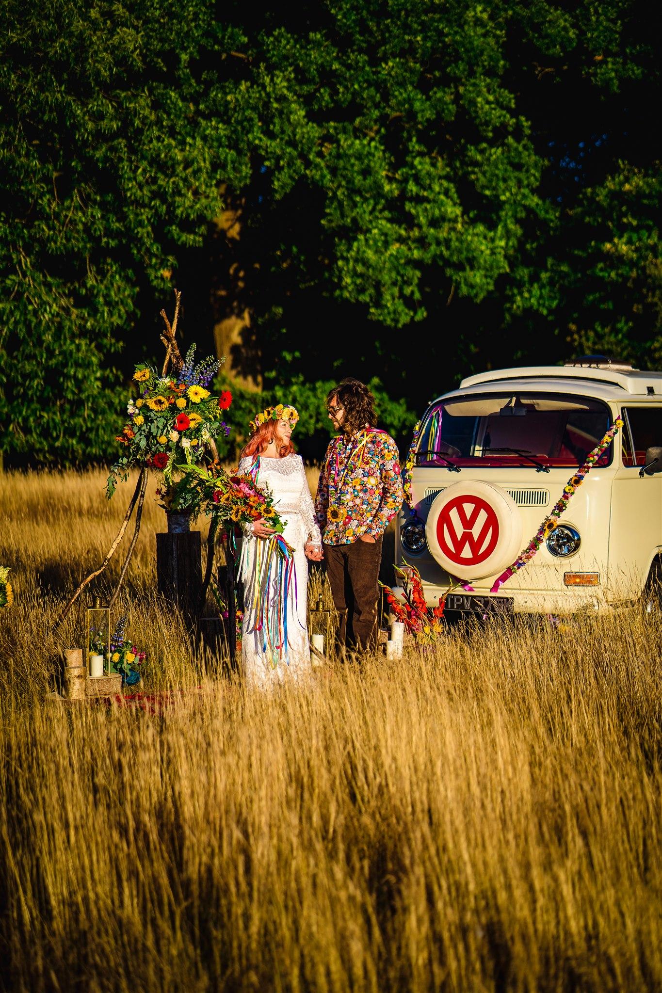 colourful bohemian wedding - 70s wedding - campervan wedding - hippie wedding - outdoor elopement - unconventional wedding
