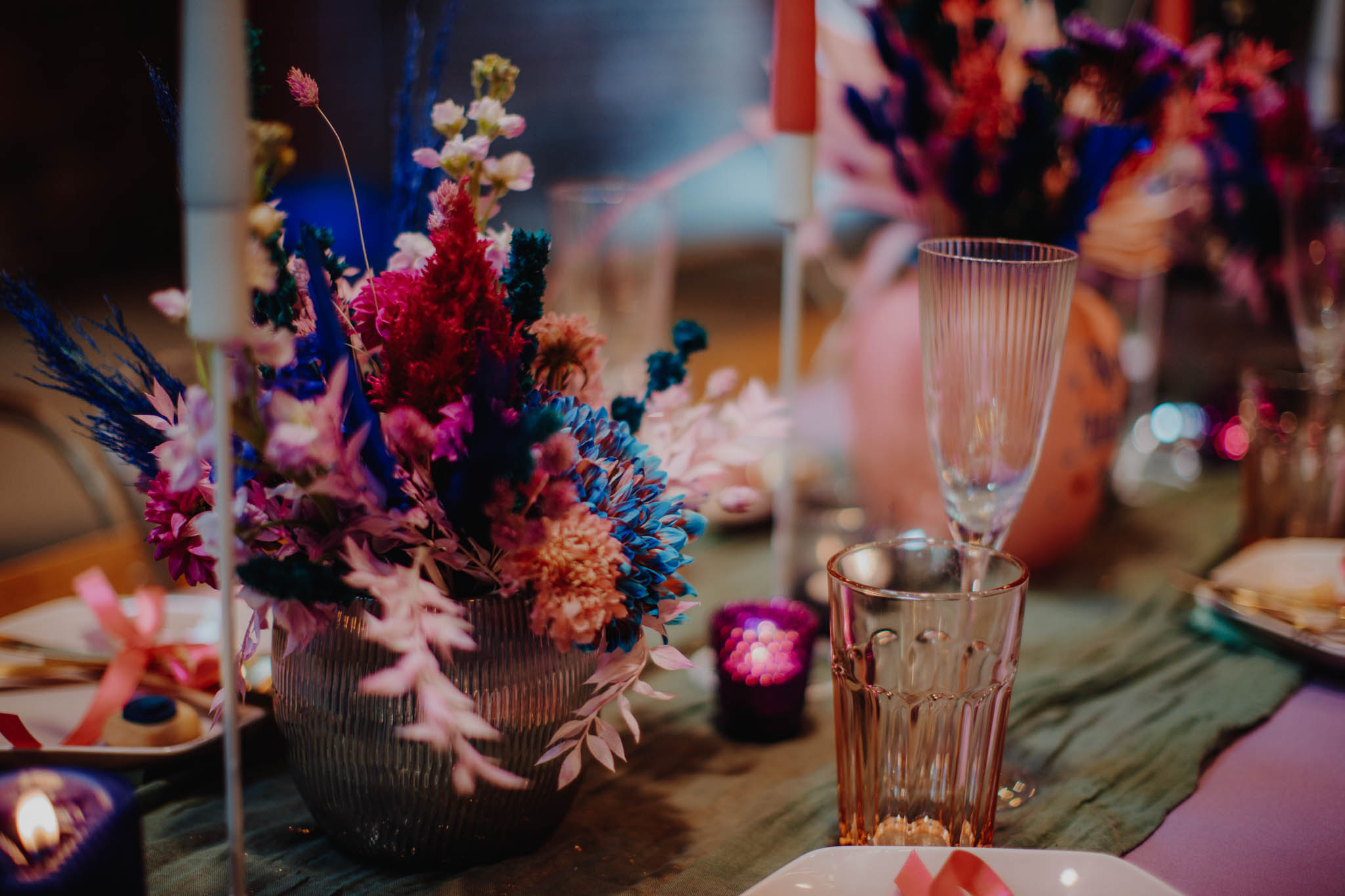colourful wedding flowers - retro wedding styling - unique wedding flowers