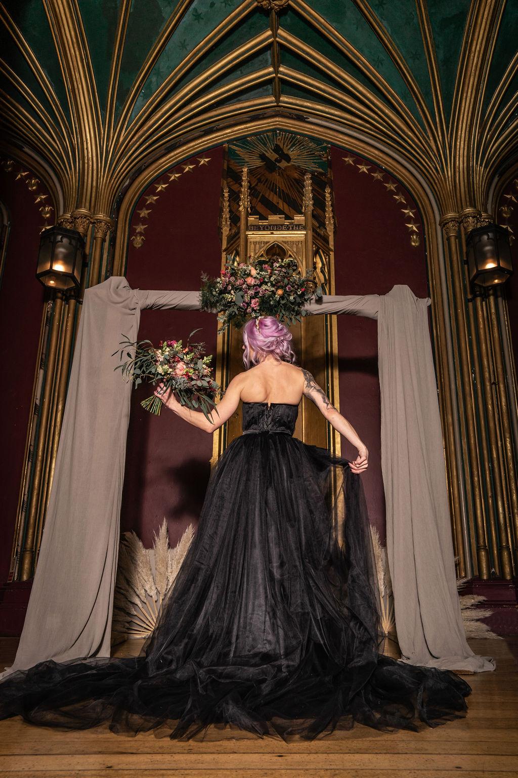 black wedding dress - gothic wedding dress- hisoric wedding venue - alternative wedding - unconventional wedding