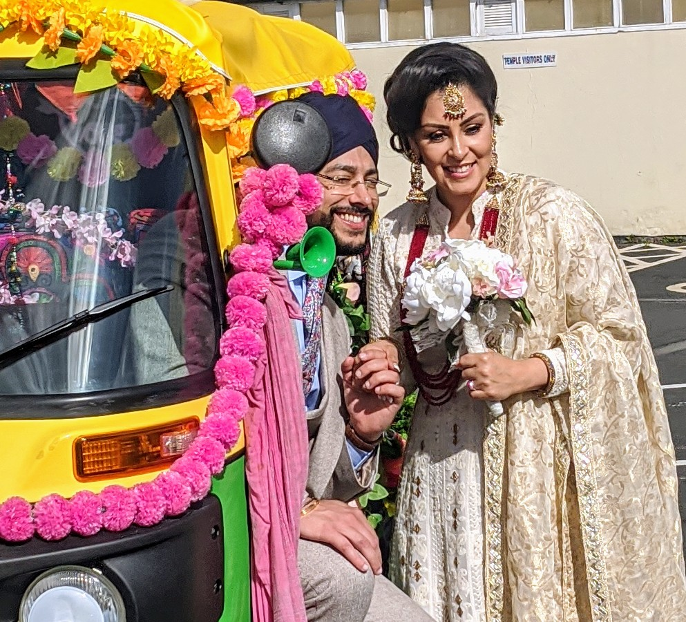 unique wedding photo booths - wedding tuktuk - alternative wedding transport