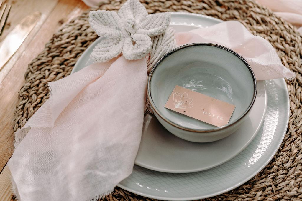 sustainable boho wedding - unique wedding table styling - macrame table decoration - boho wedding table