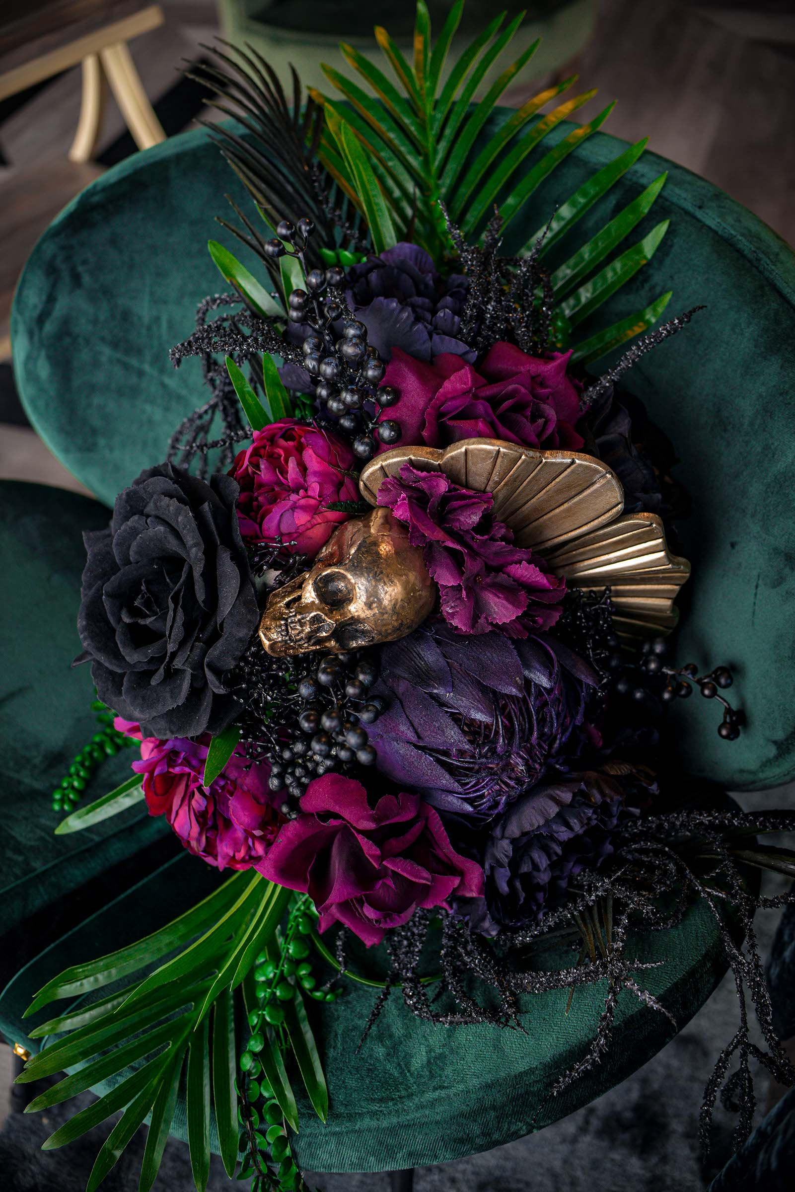 alternative luxe wedding - slytherin wedding - gothic wedding - alternative wedding - alternative wedding bouquet - gothic wedding flowers