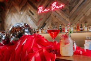 The Canary Shed - Unique Essex Wedding Venue - Unconventional Wedding6