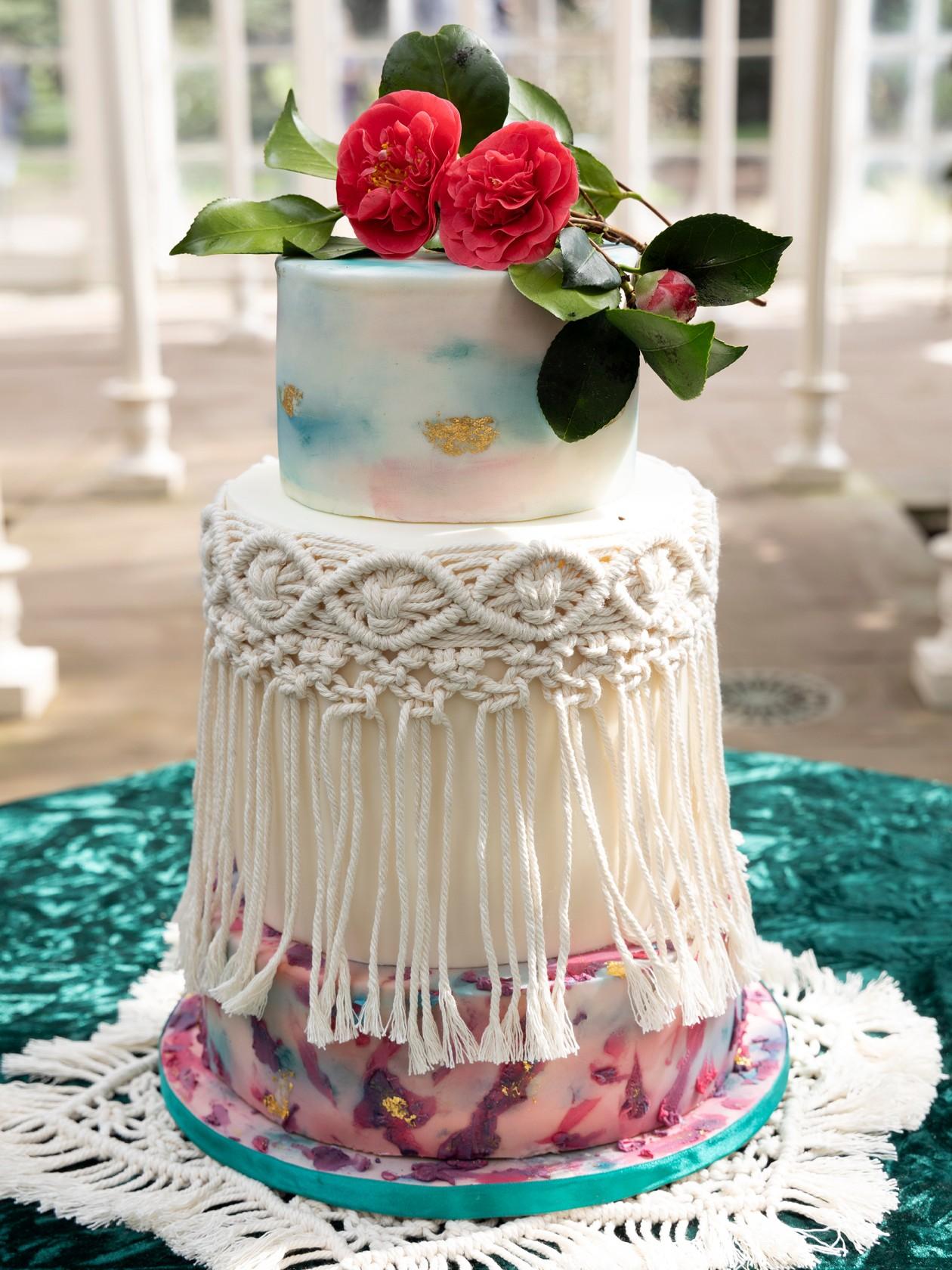 modern boho wedding, boho wedding cake, macrame wedding cake, pastel wedding cake, unique wedding cake