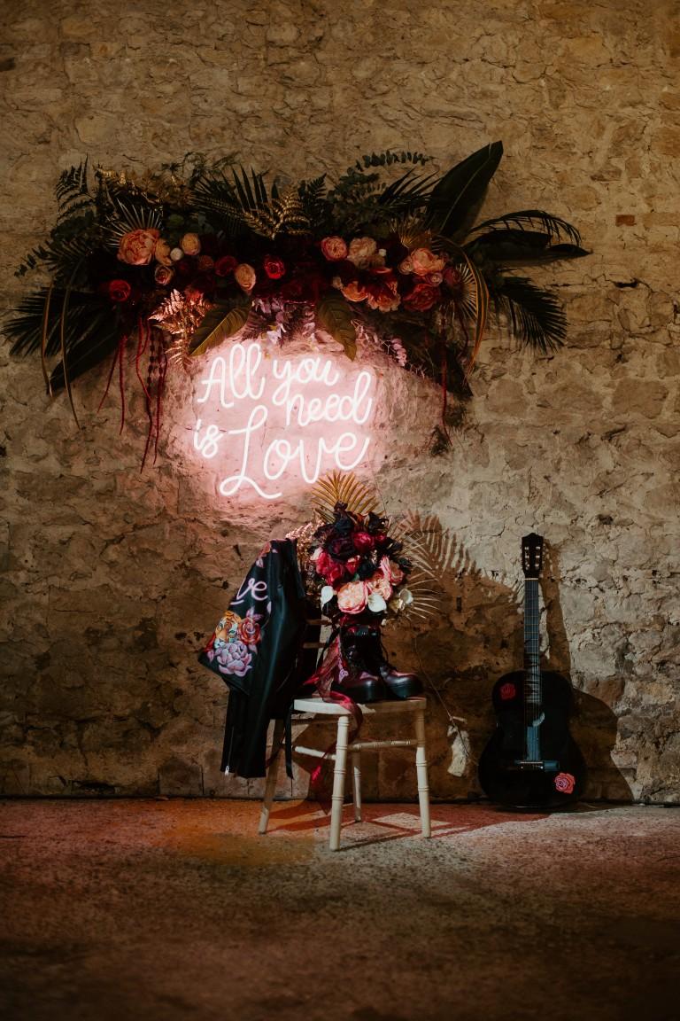 rock and roll wedding - edgy wedding inspiration - wedding neon sign - alternative wedding styling - alternative wedding venue