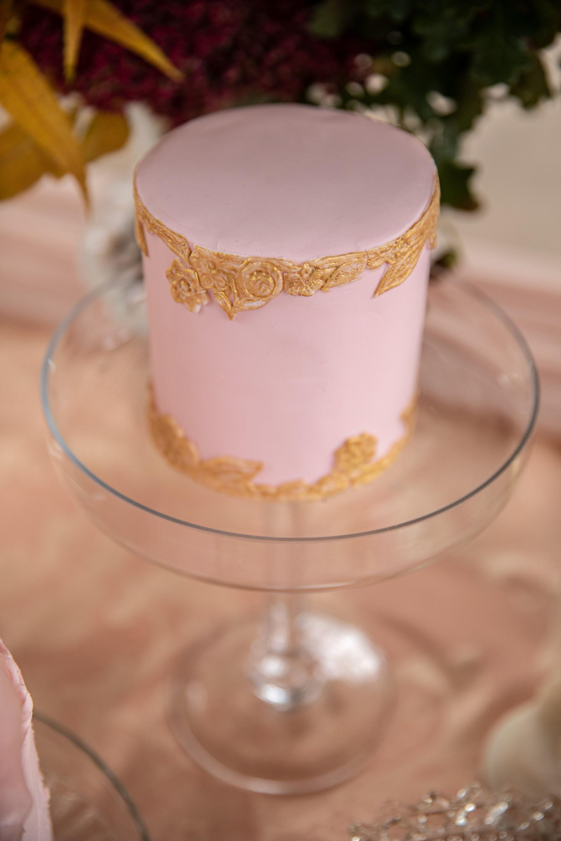 pink wedding cake - small wedding cake - mini wedding cake
