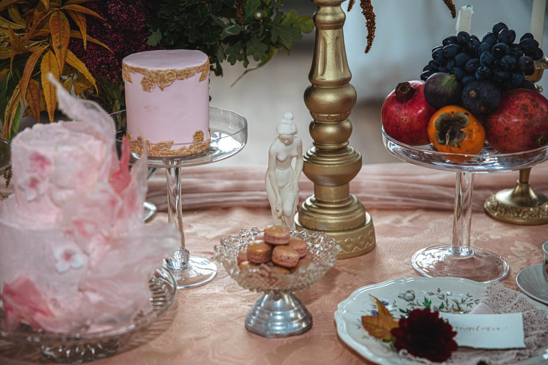 wedding dessert table - vinatge wedding dessert table - unique wedding desserts