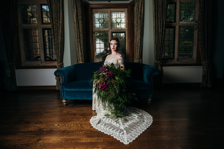 vintage wedding dress - 1920s wedding dress - lace wedding dress - unique wedding dress - bold wedding flowers - bold bridal bouquet